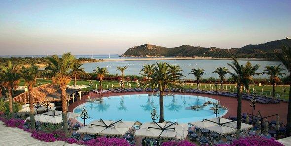 Sardegna viaggilife for Cabine dell hotel di yellowstone del lago
