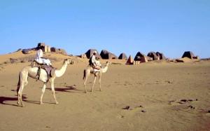 sudan157m_Meroe_piramidi[1]