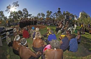 Danze nel deserto australiano