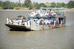 Sudan, la barca con cui si attraversa il Nilo