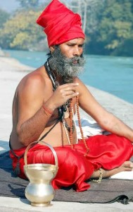 India, Kumbho, Sadhu in meditazione