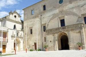 Terra Messapi, una delle tante chiese bianche piene di storia e di arte