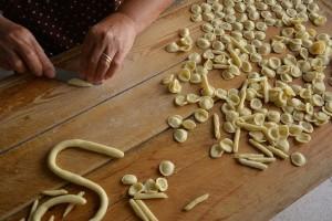 Puglia, le orecchiette fatte a mano