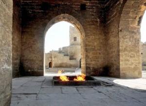 Azerbaigian, Fuoco sacro