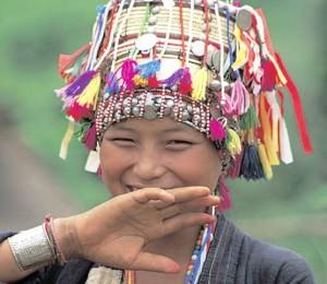 Laos, ragazza in costume