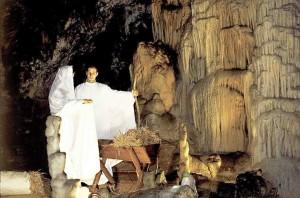 Slovenia, presepe nelle Grotte di Postumia