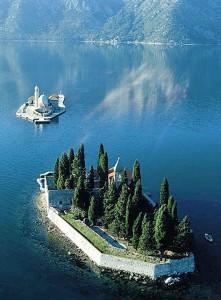 Montenegro, un angolo  suggestivo delle Bocche di Cattaro
