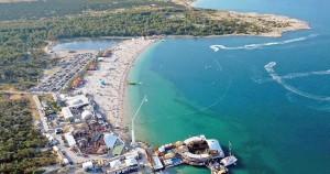 Croazia Zrce spiaggia