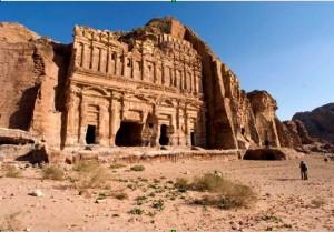 Petra, il nuovo monumento scoperto dai droni