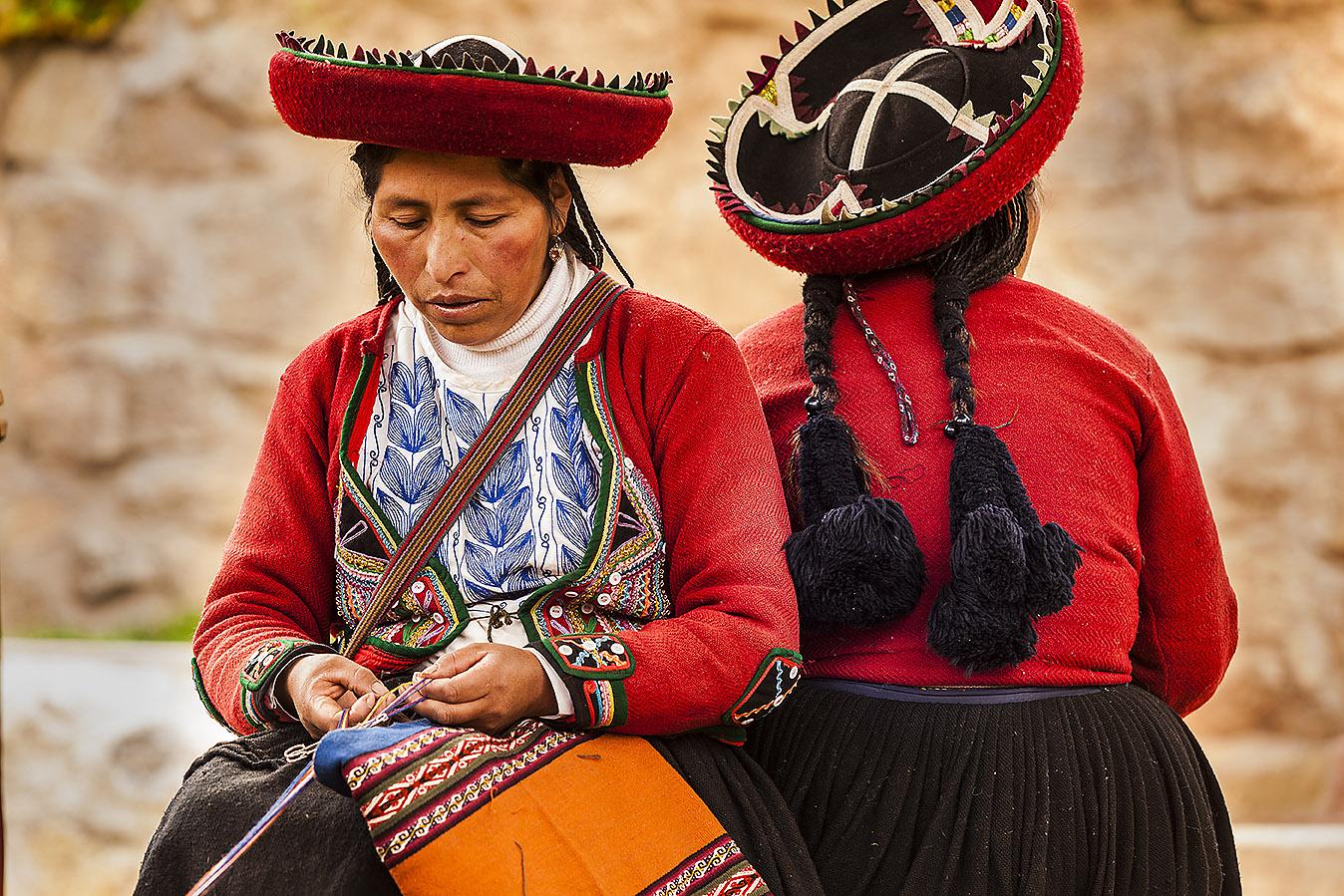 peru, sacred valley, village of Chinchero