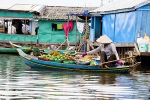 Cambogia, mercato galleggiante