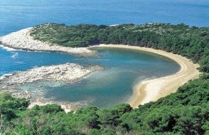 Croazia, spiaggia nell'isola Mjet